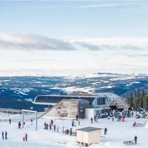 © Alpinco, Apres ski at Skavlen restaurant