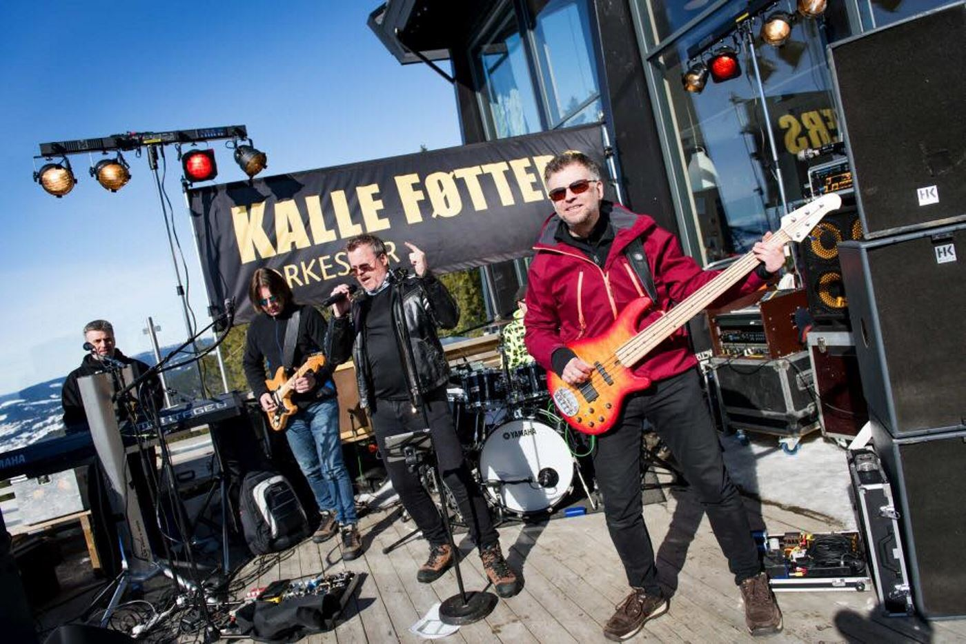Apre's ski with the Kalle Føtter orchestra