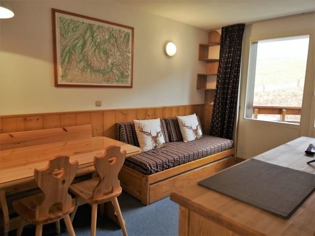 2 Rooms 4 Pers ski-in ski-out / OREE DES PISTES 56