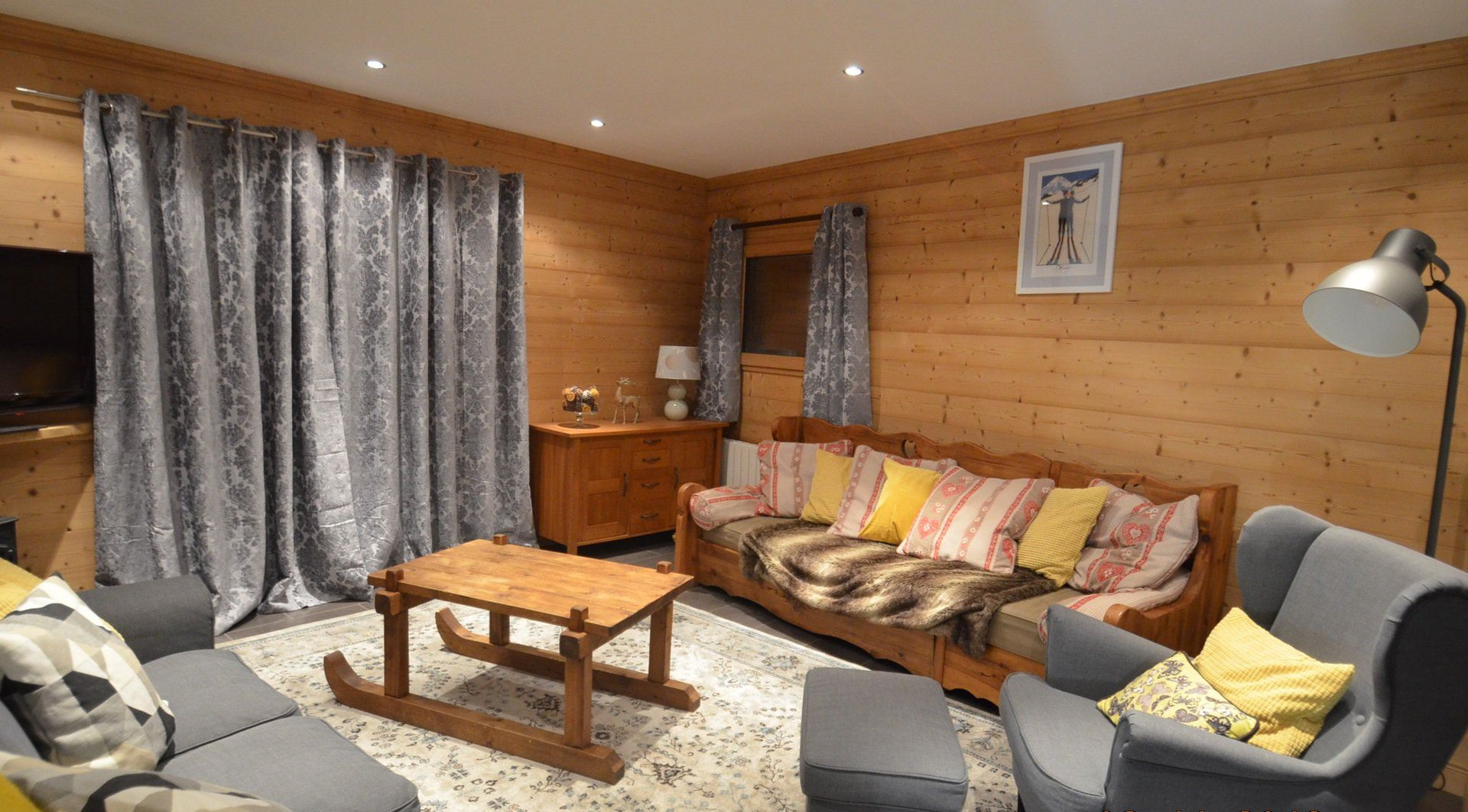 5 Rooms 8/10 Pers 150m from the slopes / CHALET LES PIPPINS