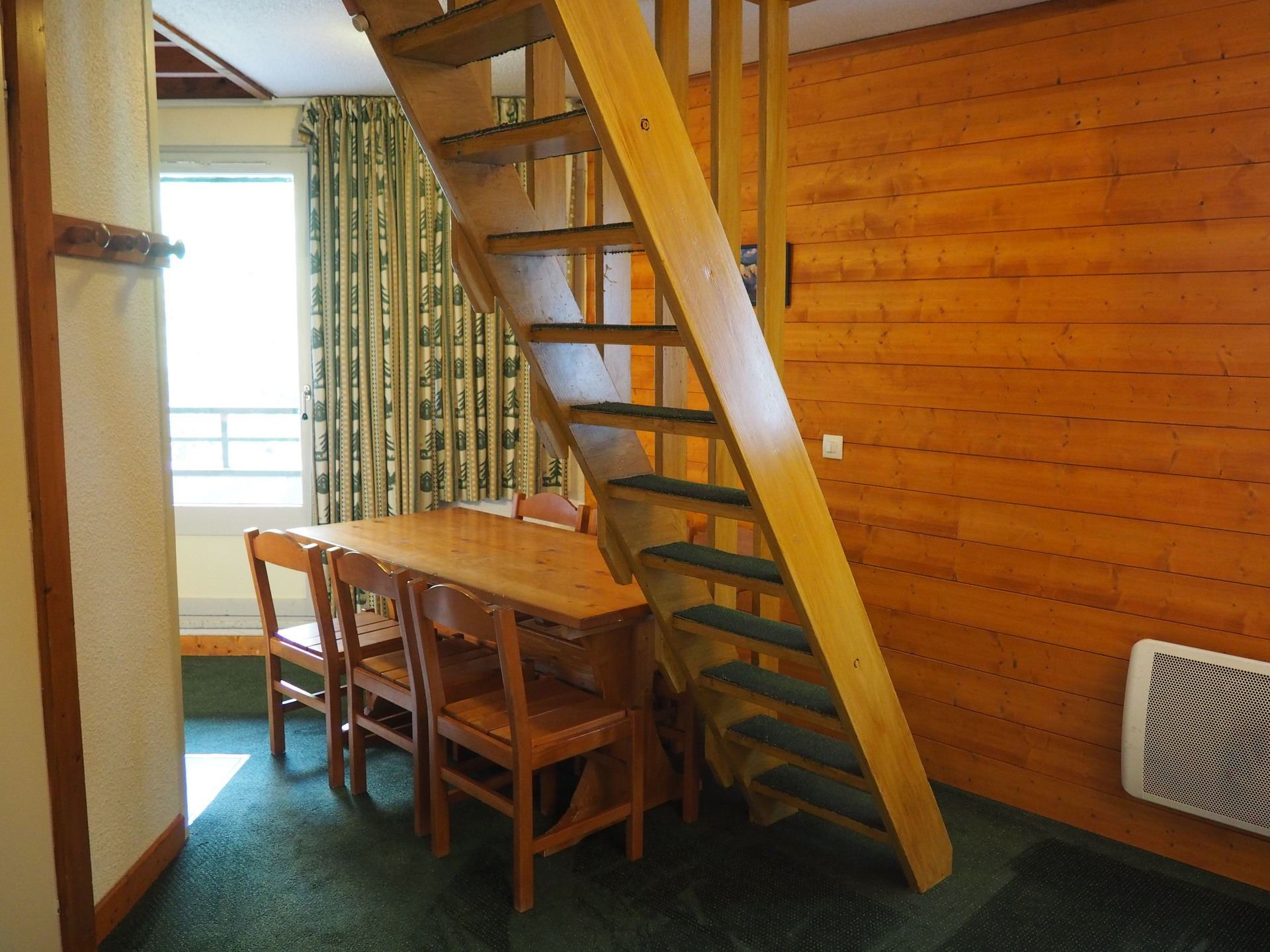 2 Rooms 6 Pers ski-in ski-out / GENTIANES 518