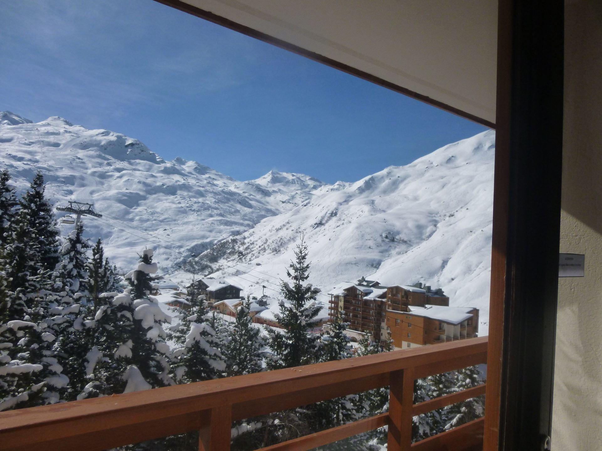 2 Pièces 5 Pers skis au pieds / BOEDETTE A 406