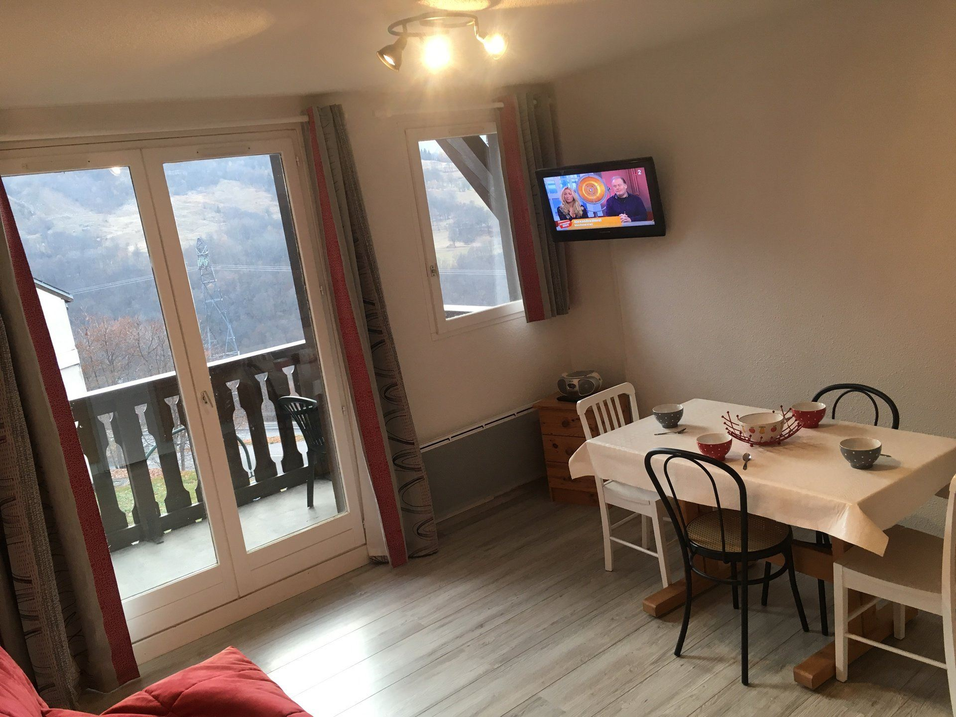 2 Rooms 4 Pers ski-in ski-out / DAHLIA B1