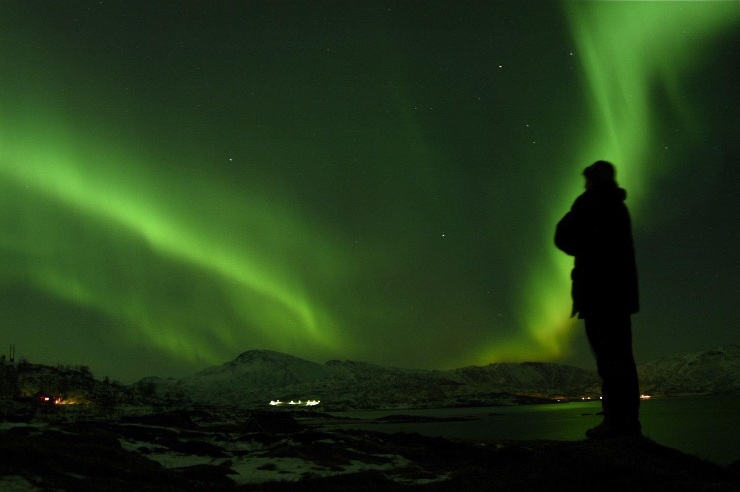© Farout, Nordlystur på Fjellheisen - Farout