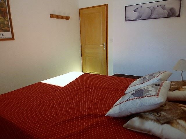 4 Room 8 Pers ski-in-ski-out / Valmont 308