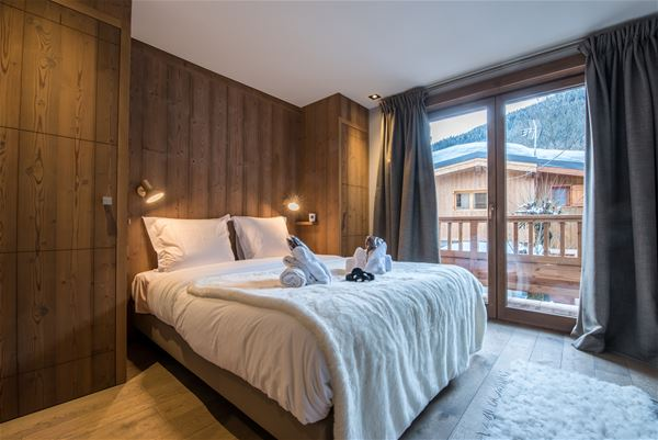 5 rooms 10 people / CHALET VELAJO / Tranquillity Booking