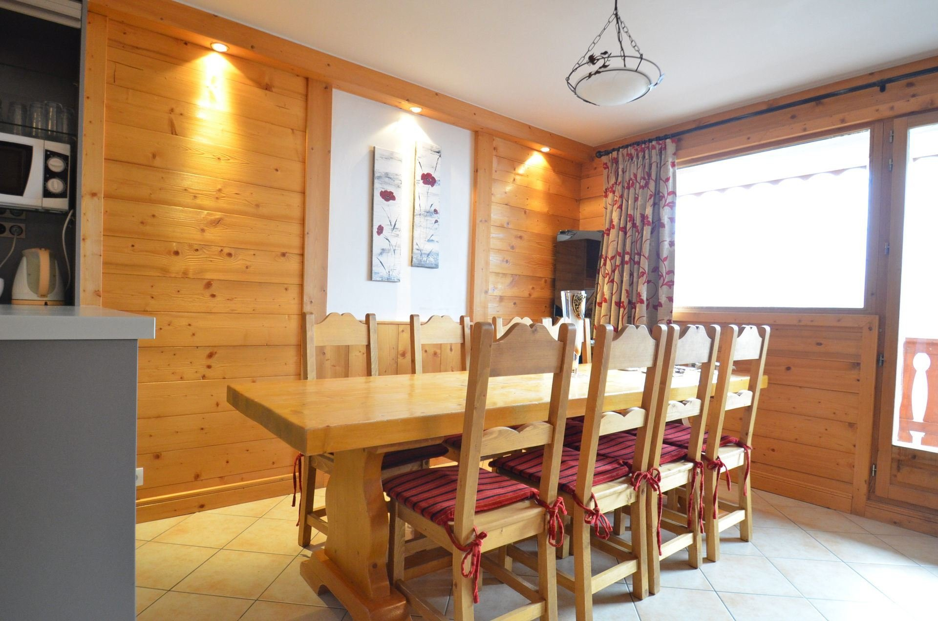 4 Rooms 8/10 Pers ski-in ski-out / COURMAYEUR 342