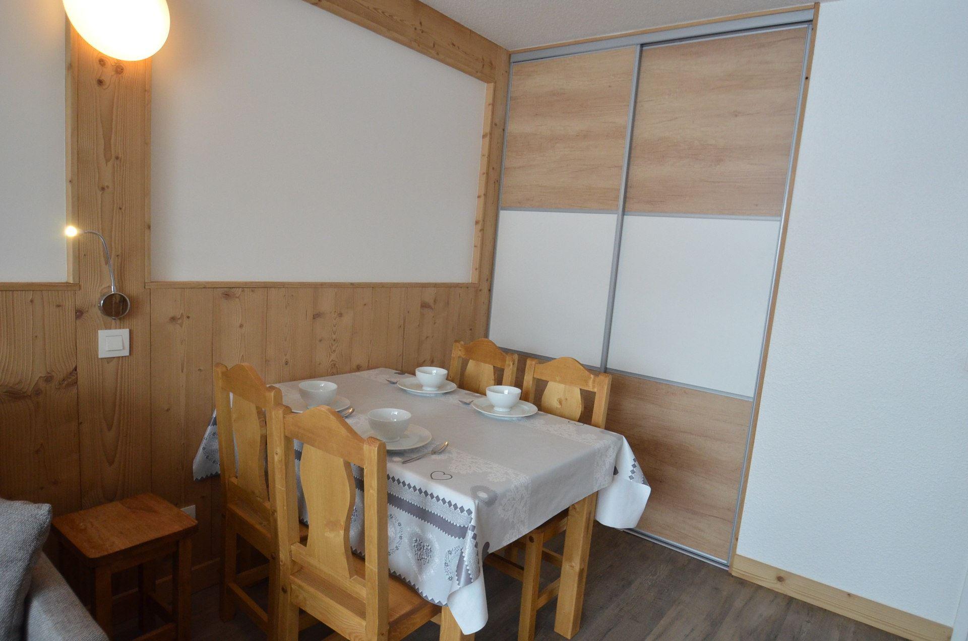 Studio 4 Pers skis aux pieds / LAC DU LOU 110
