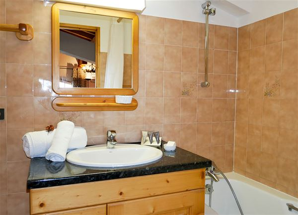 3 rooms 4 persons ski-in ski-out / Apartment La Grande Casse (Mountain of charm)