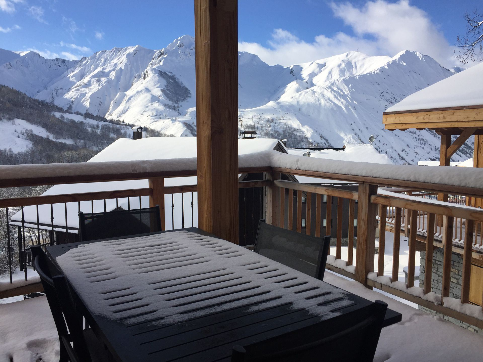6 Room 10 Pers ski-in ski-out / CASEBLANCHE C23