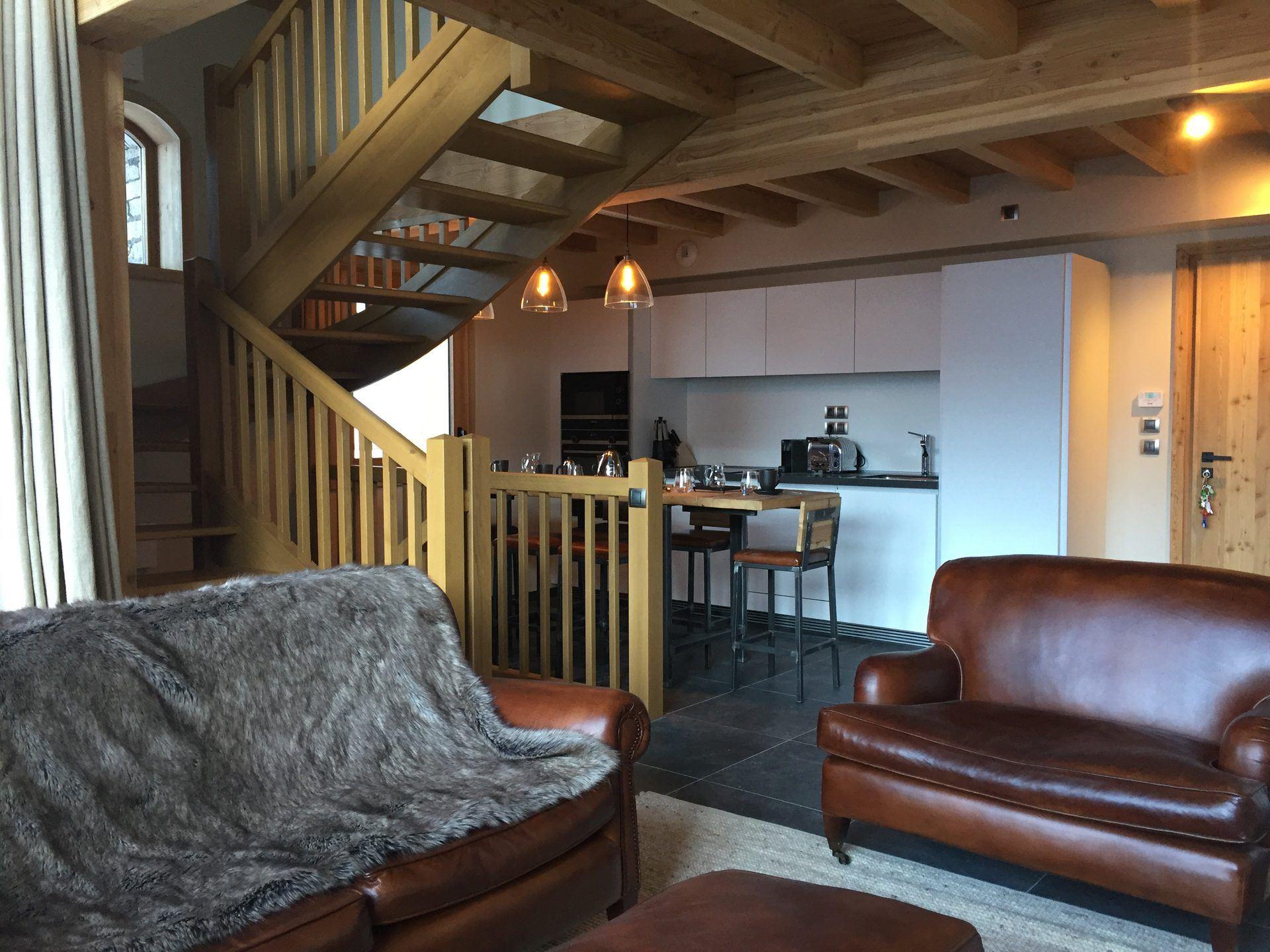 4 Room 6 Pers ski-in ski-out / CASEBLANCHE D19