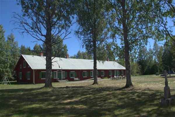 Peder Lundin, The Hostel Statarlängan