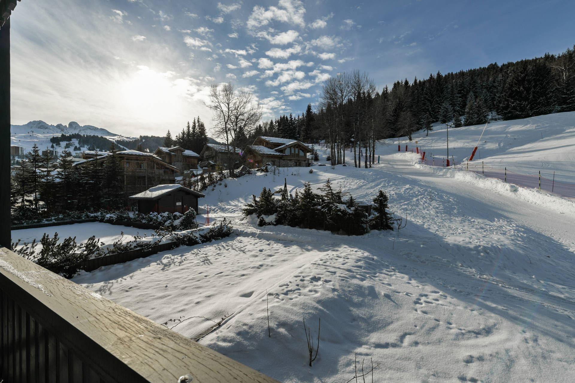 3 pièces 6 personnes skis aux pieds / ADRET 18 (Montagne)
