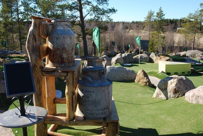 Minigolf auf dem Campingplatz Lufta