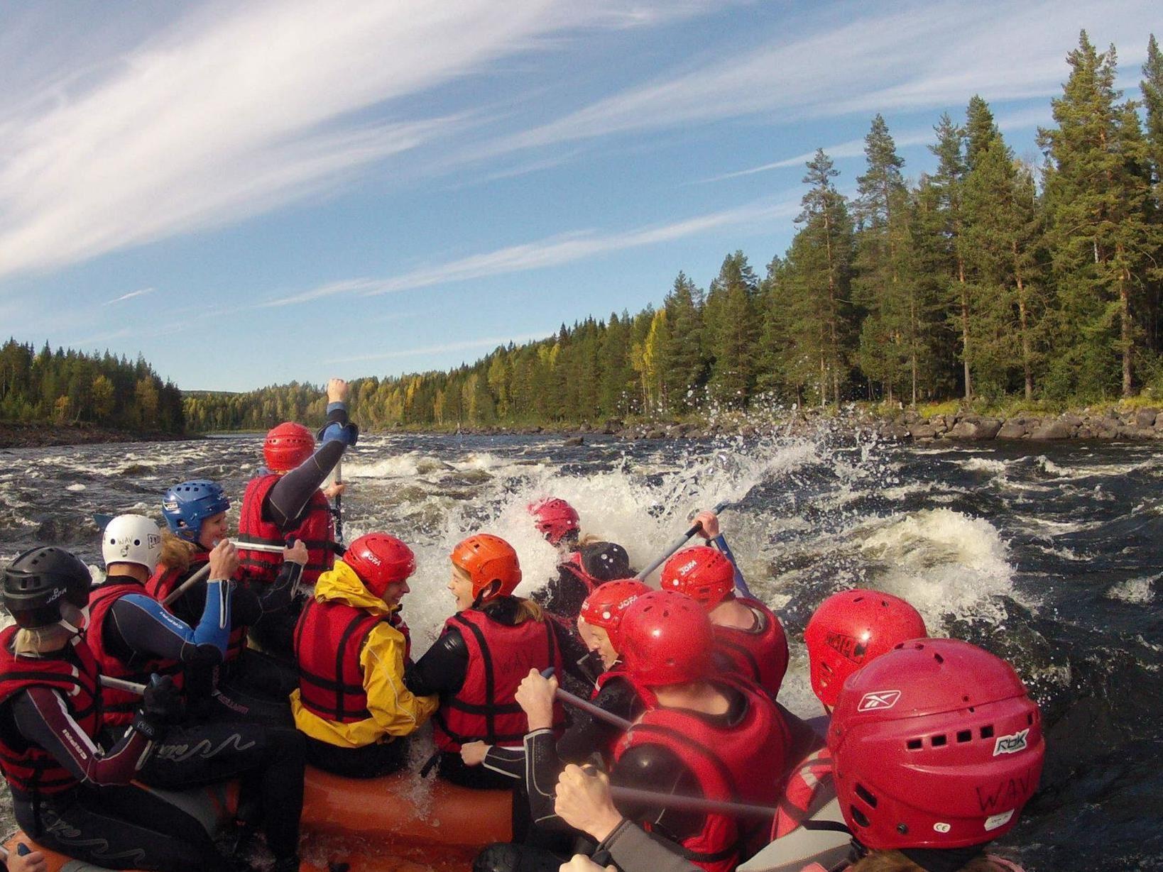 Janne Norén,  © Wilderness Adventure, Forsränning i Vindeälven