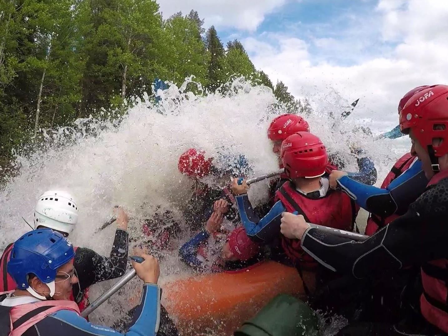 Forsränning och vattenäventyr