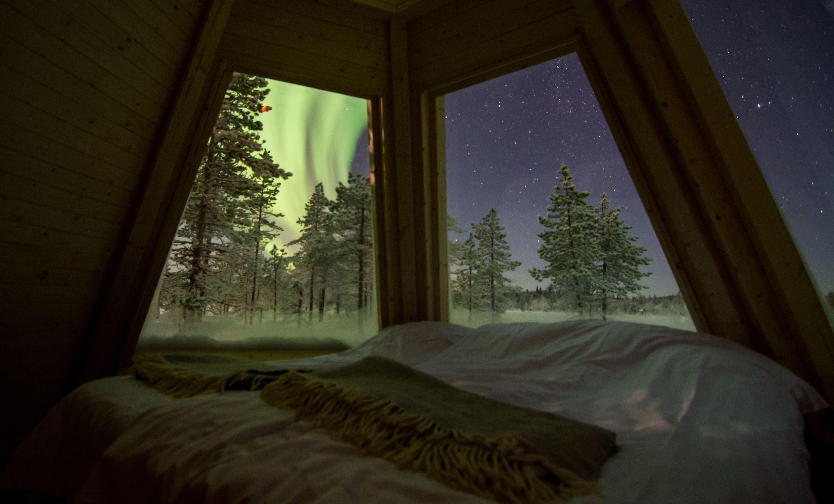 Foto Explore the North,  © Aurora Borealis Adventure, Övernattning i norrskenskåta