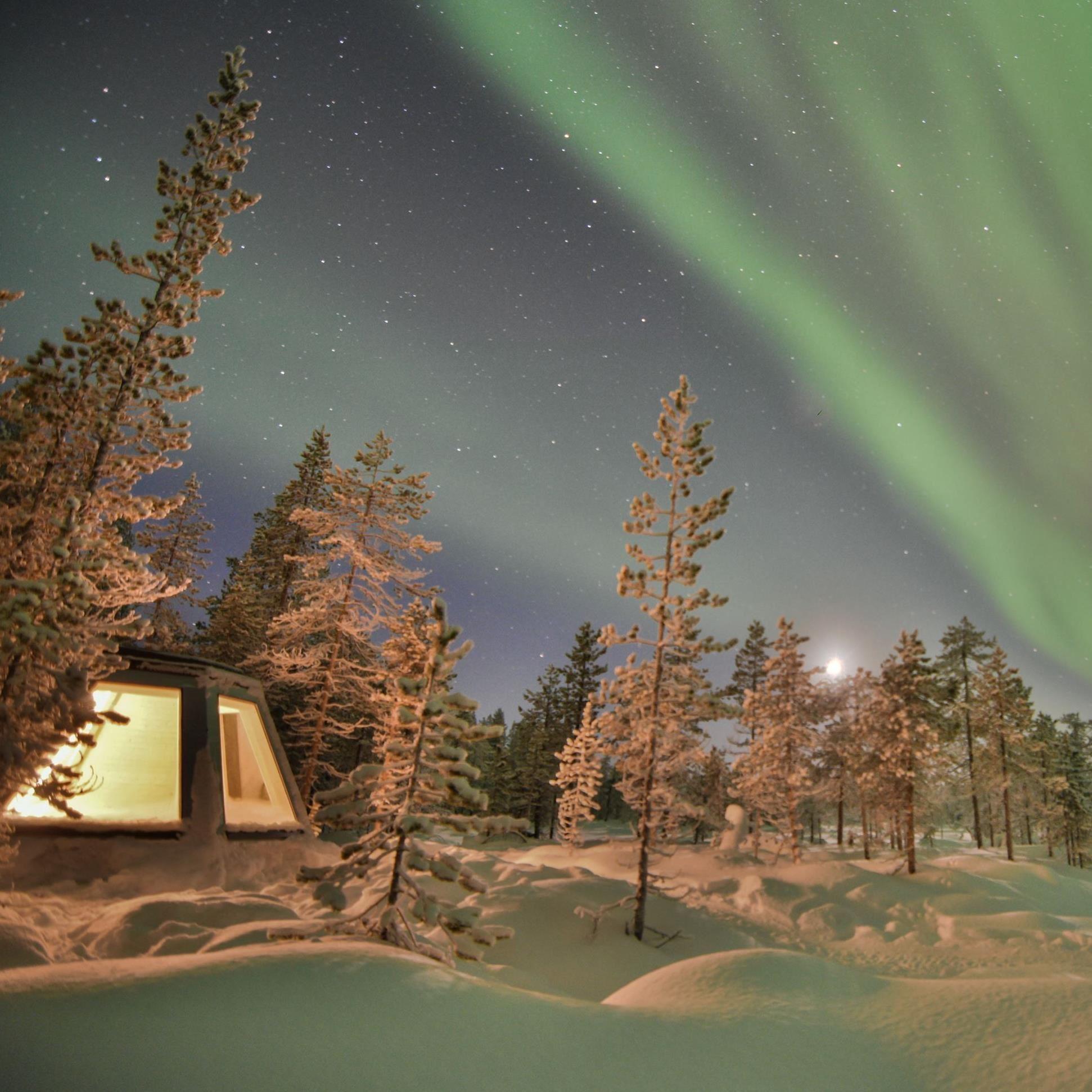 Foto Explore the North,  © Aurora Borealis Adventures, Övernattning i norrskenkåta