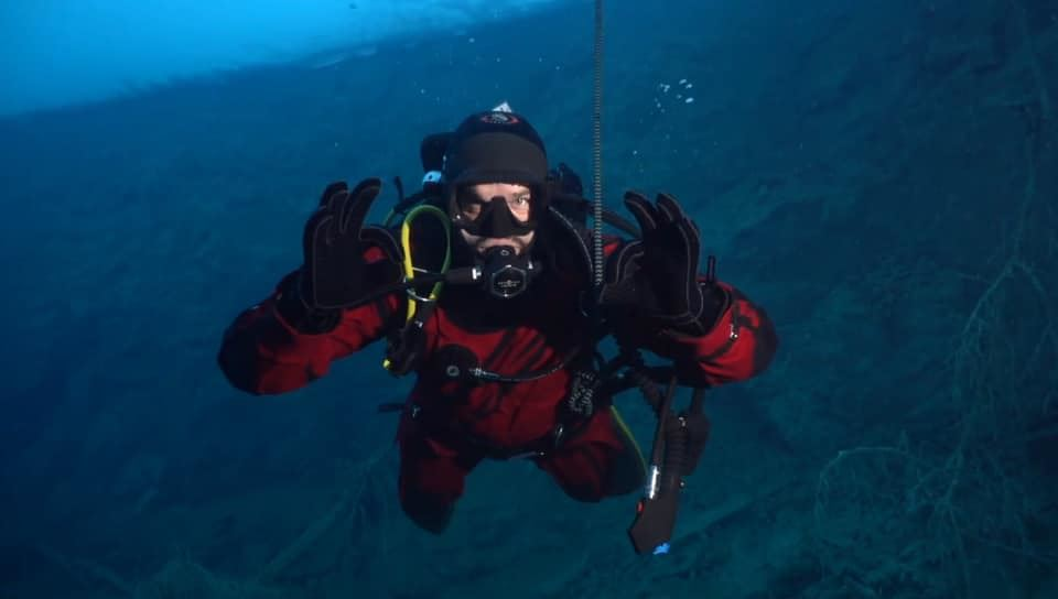 Prova på  dykning på Aquarena