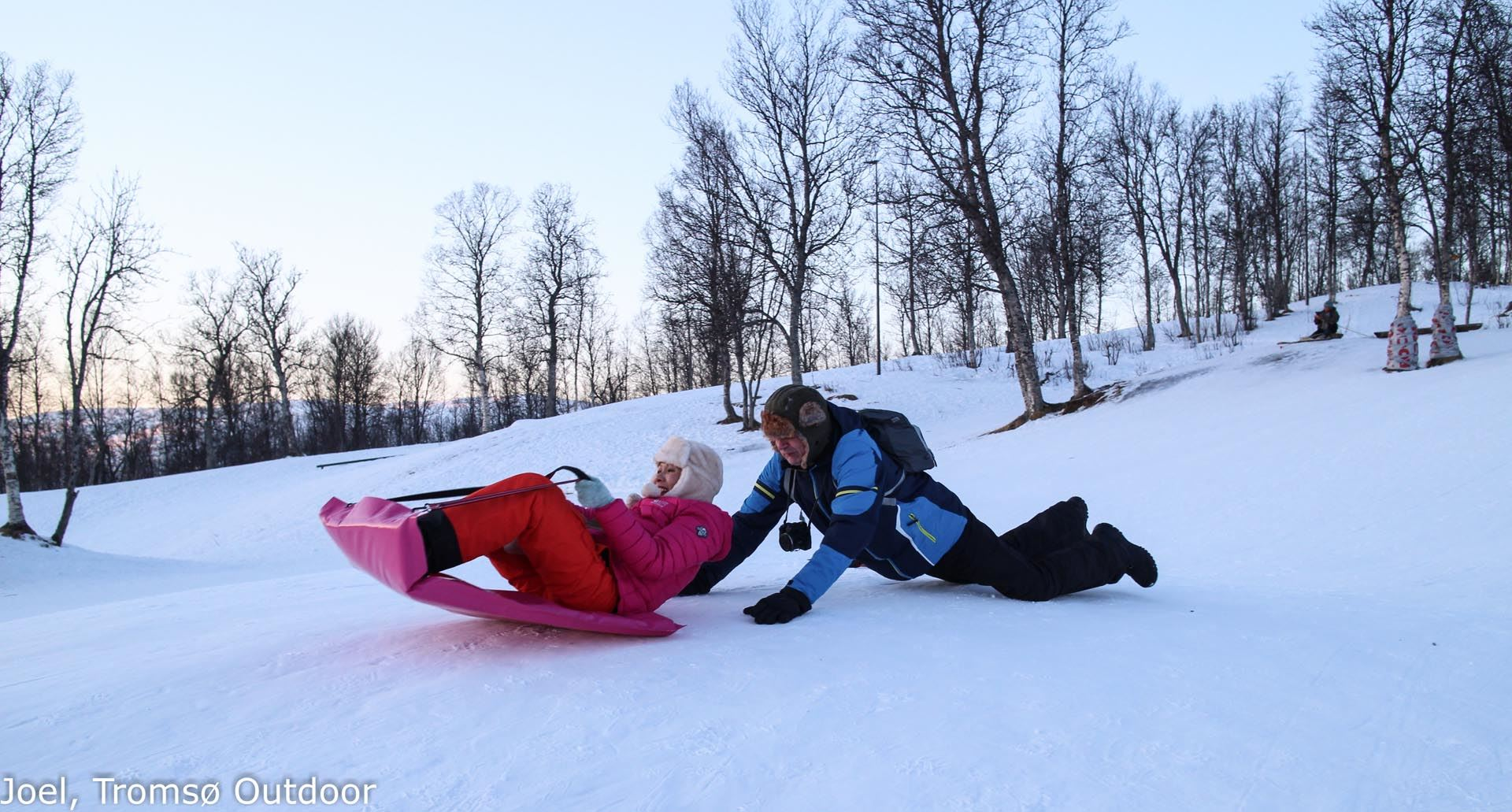 Snowshoe Trip with a campfire - Tromsø Outdoor