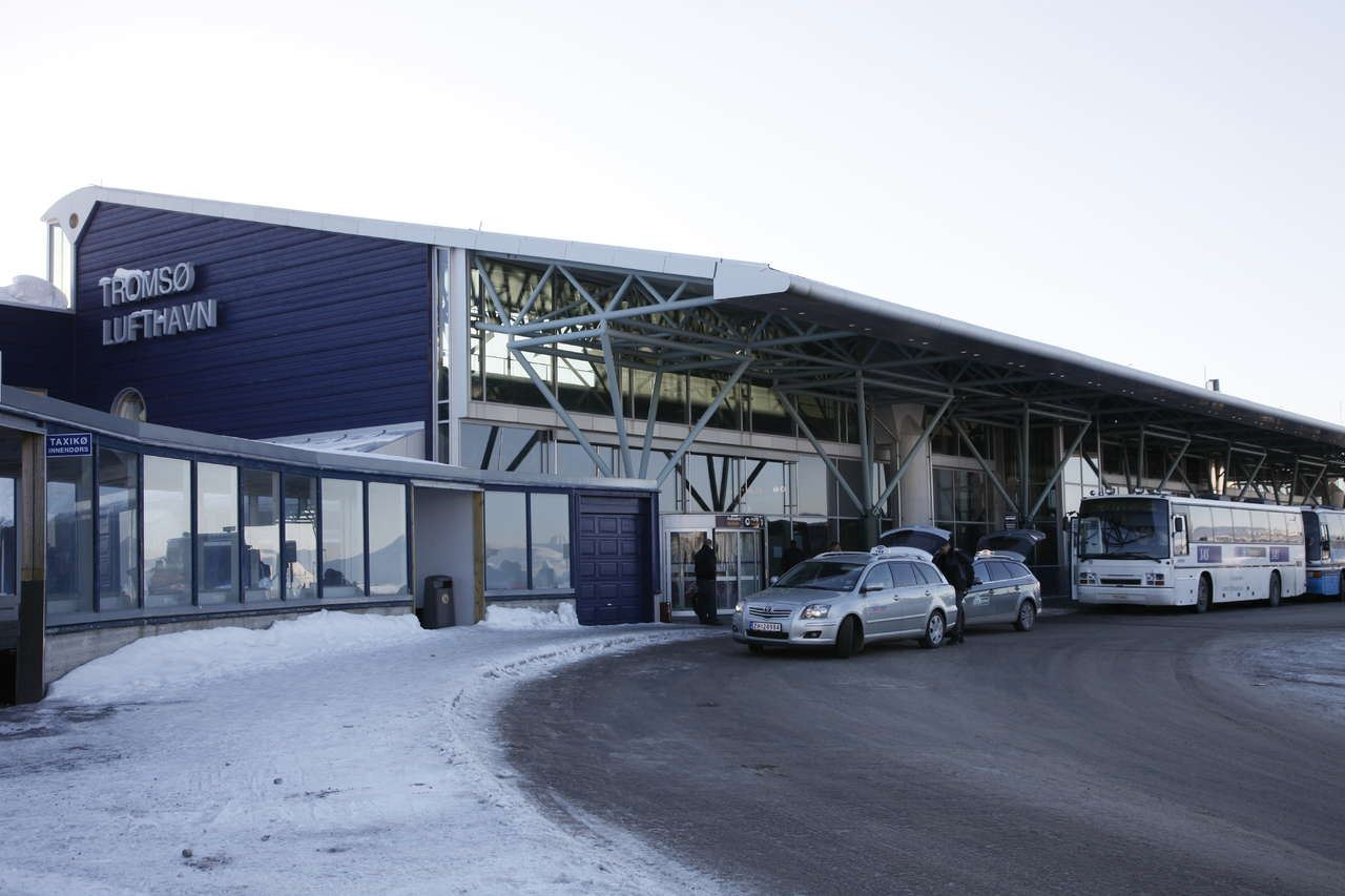 Private Transfer Tromsø Airport - Tromsø City Cente Hotels