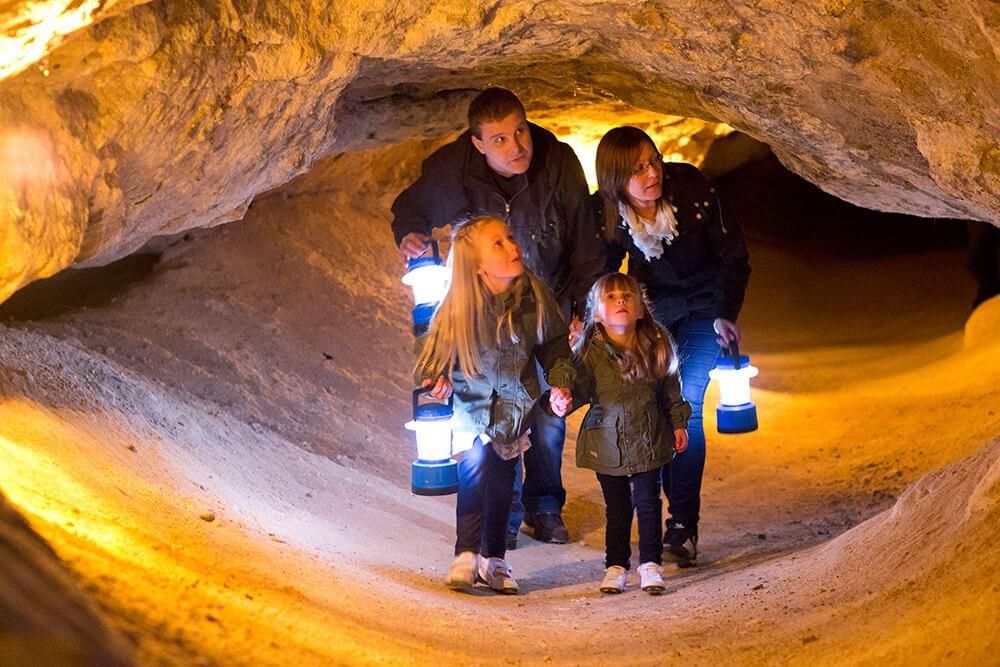 3. Från grotta till slott runt Finjasjön (Torsdag)