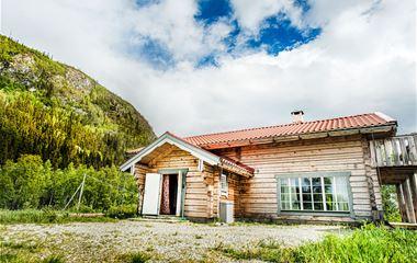 Eriksgårdens- stug & lägenheter