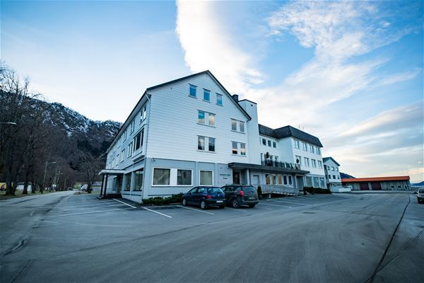 Nordfjord Hotell Bryggen