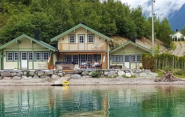 Vollsnes Cabins