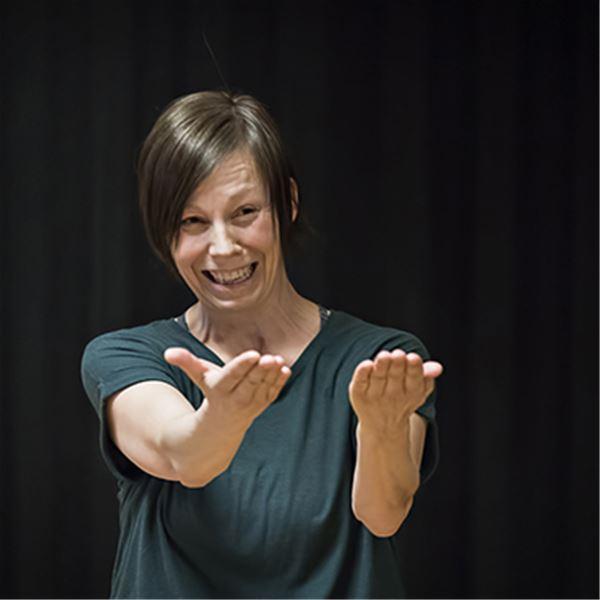 © Cecilie Lindeman Steen, Performanceforedrag: Betydningen av bevegelse
