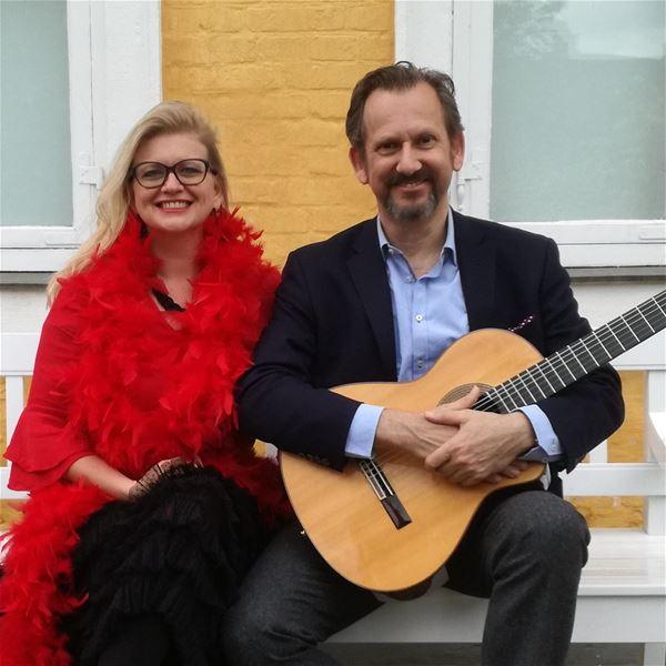 Fado-musik i KUMUS med Fado-Nórdico Duo, sanger Monica Jakobsen og guitarist Søren Tarding
