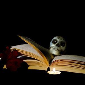 Biblioteksspöket läser skräckhistorier