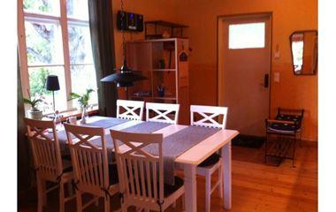 Uppsala - Villa i Sunnersta 3 km söder om O-ringen stadens camping - 7213