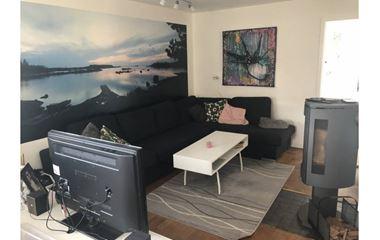 Knivsta - 2 plans villa + källare i centrala Knivsta - 7232