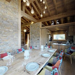 12 people ski-in ski-out / CHALET YUM