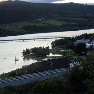 The lakefront promenade