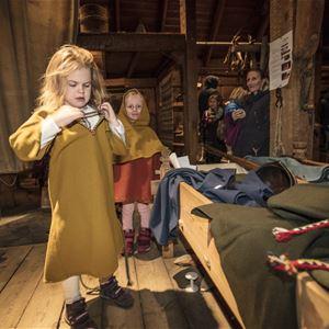 © Kjell Ove Storvik, Juleverksted på Lofotr Vikingmuseum 30.november 2019