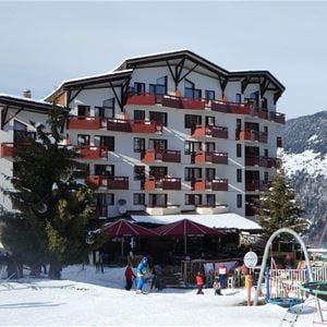 2 pièces, 4 personnes skis aux pieds / Britania 602 (Montagne) / Séjour Sérénité