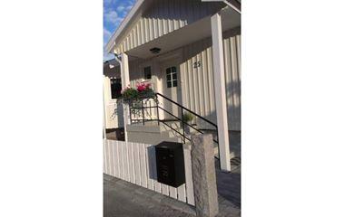 Uppsala - Trevligt hus i mysiga villakvarter i Svartbäcken, centrala Uppsala. 4-6 bäddar. - 7379