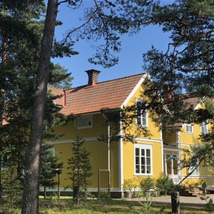 Hedenstugan Bed & Breakfast Hotel - Spa and relax