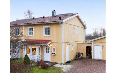 Björklinge - Villa med fem sovrum ca tre mil utanför Uppsala - 7410