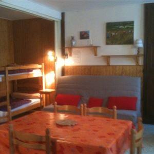 LUZ020 - Studio - 4 personnes à Luz St Sauveur, rés. Les Mensongers (Quartier Thermal)