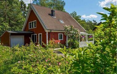 Knivsta - Villa 154 m2 centrala Knivsta - 7476