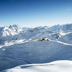 4 pièces, 6 personnes skis aux pieds / Domaine du Jardin Alpin R08A (Montagne)