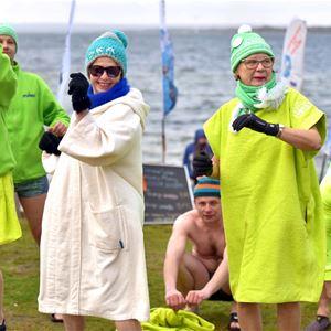 Winter bath in Sternö