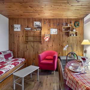2 rooms 2 people / SAPINS 304 (Mountain) / Tranquillity Booking