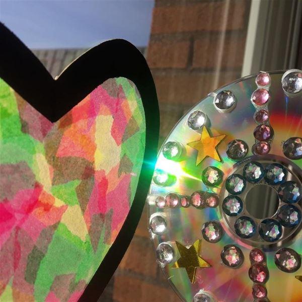 Familjelördag: Skapa egna solfångare