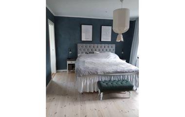 Knivsta - Rymlig nybyggd villa med 4 sovrum med närhet till grönska, ca 1,5 mil från O-ringenstaden - 7438