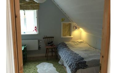 BJÖRKLINGE  - Stort barnvänligt hus centralt Björklinge - 7872