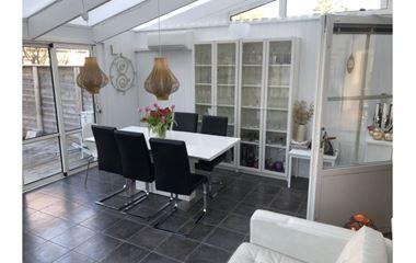 Uppsala - Villa med plats för många, vid Lunsen i Sävja med stor altan - 7890